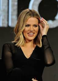 khloe kardashian u0027s short hair is the most versatile cut ever