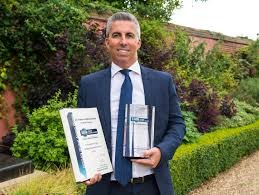 lexus uk directors uk nissan dealers presented with global award honour nissan