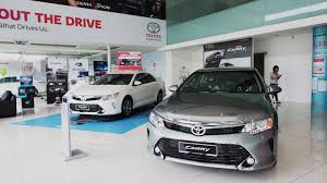 toyota car showroom motoring malaysia umw toyota to transfer most of their outlets to