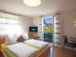 wohn schlafzimmer einrichten haus renovierung mit modernem innenarchitektur kombiniertes wohn