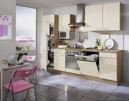 modern small kitchen design ideas best 20 small modern kitchens