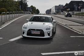 nissan gtr track edition nissan gt r 2017 track edition 3 october 2016 autogespot