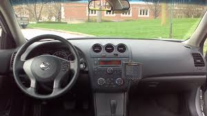 Nissan Altima Black Interior 2011 Nissan Altima Filling Some Big Shoes Reviews On Those