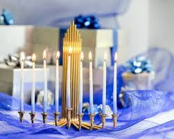 hanukah decorations 25 inexpensive hanukkah gifts to the cheapism