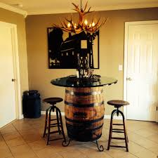 Jack Daniels Whiskey Barrel As Kitchen Table With Glass Top - Barrel kitchen table