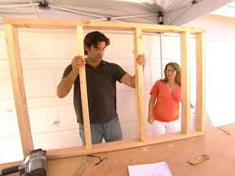 How To Frame A Wall by How To Build A Pony Wall Room Divider How Tos Diy