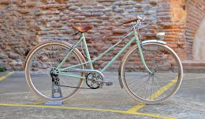 peugeot bike white velo peugeot femme vintage safari style pinterest bicycling