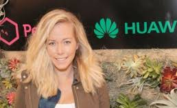 kendra wilkinson news reality star mourns loss of her u0027mommom u0027 on