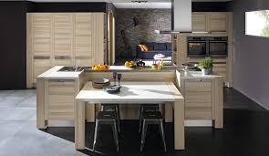 des cuisines en bois cuisine bois modèle design attitude