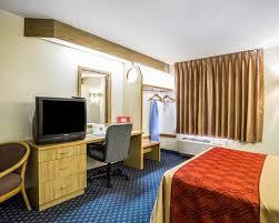 Comfort Suites Denver International Airport Hotel In Aurora Colorado Econo Lodge Denver Airport