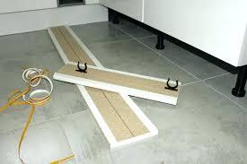 hauteur plinthe cuisine plinthe de cuisine plinthe meuble cuisine ikea plinthes de cuisine