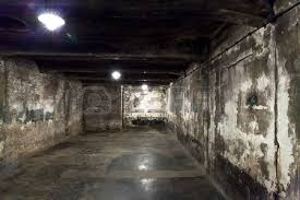 chambre à gaz chambre à gaz d auschwitz en pologne banque d images et photos