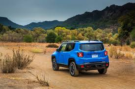 jeep renegade trailhawk blue 2015 jeep renegade first drive autoweb