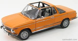 bmw 2002 baur cabriolet autoart 80430300713 scale 1 18 bmw 2002 baur cabriolet orange