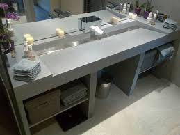 fixer une cuisine sur du placo meuble salle de bain en siporex awesome ment fixer un meuble haut de