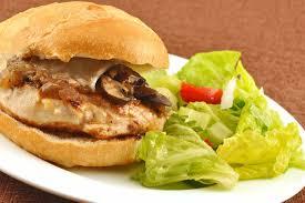 how to make sriracha mayo spicy chicken sandwich with sriracha cilantro mayo