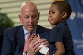 baltimore boy gets historic double hand transplant ny daily news