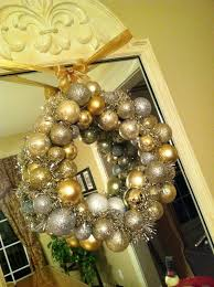 the penny parlor dollar store christmas ball wreath