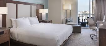 Clearwater Beach Hotels 2 Bedroom Suites Hilton Clearwater Beach Resort U0026 Spa