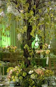 Tree Centerpiece Wedding by Best 25 Enchanted Forest Centerpieces Ideas On Pinterest