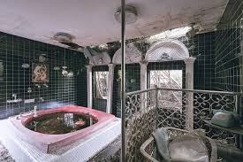 the abandoned japanese lovers hotel where rooms were rented by the