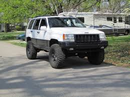 raised jeep cherokee 1994 jeep grand cherokee i z u2013 pictures information and specs