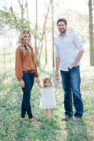 Cute Maternity Clothes For Photoshoot Best 25 Fall Family Photos Ideas On Pinterest Fall Photo Shoots