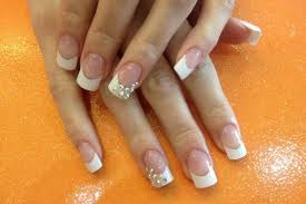 5 gel nail designs easy to do at home
