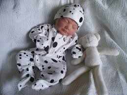 where to get smallest preemie clothes for babies uk premature
