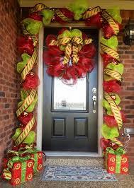 best 25 doorway decorations ideas on pinterest snowman
