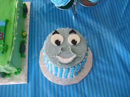thomas train smash cake cakecentral