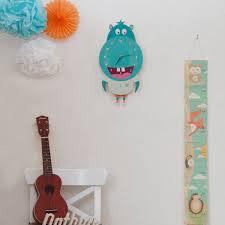 horloge chambre bébé horloge hippopotame à balancier en bois pour chambre d enfant