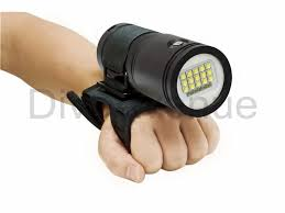 bigblue vl8300p led light 120 beam diveavenue