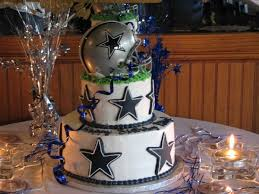 dallas cowboys cake for my groom change it to a green bay packers
