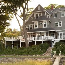 New England Home Interiors Get The Look Shingle Style Traditional Home