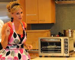 Cooking In Toaster Oven Microwaves Sales In Decline And Now It U0027s About Toaster Ovens