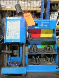 dayco eastman np 60 hydraulic crimper with 4 crimping dies 0 830