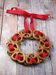 pretzel wreath ornaments my sweet sanity