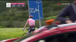 2017 Giro D U0027italia Live by Tom Dumoulin U0027s Giro D U0027italia Lead Much Reduced Amid Controversy On