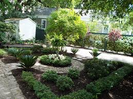 Landscape Curb Appeal - curb appeal is key in charleston landscapes
