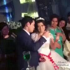 wedding cake gif wedding cake gif find on giphy