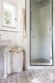 Small Bathroom Showers Ideas Colors Best 25 Standing Shower Ideas Only On Pinterest Master Bathroom