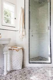 vintage bathrooms designs best 25 small vintage bathroom ideas on vintage