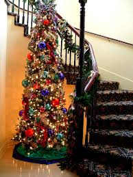 Banister Decorations For Christmas Help Best Way To Attach Garland To Banister Yulelog Ornament