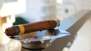 smoke fan for cigars how to remove cigar smoke and odor in a few easy steps the manual
