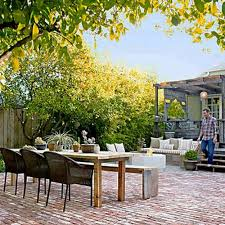 Small Space Backyard Ideas 15 Small Backyard Designs Efficiently Using Small Spaces