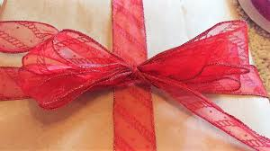 christmas wrapping bow how to make christmas bows and change up your wrapping splendry