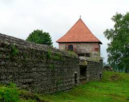 file trakai old castle jpg wikimedia commons