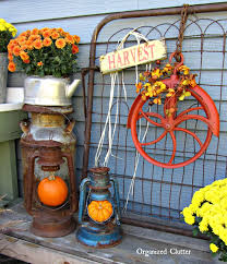 Fall Outdoor Decorations by Organized Clutter 2014