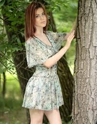 Frisur Lange Haare Kleid by Kostenlose Foto Baum Mädchen Fotografie Muster Modell